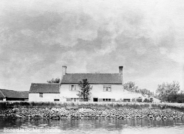 Seven Mile House on the River Yare c1900
